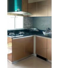 ชุดครัว Built-in ตู้ล่าง โครงซีเมนต์บอร์ด หน้าบาน Hi Gloss สีน้ำตาล