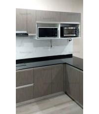 ชุดครัว Built-in ตู้ล่าง โครงซีเมนต์บอร์ด หน้าบาน Laminate สี Sarum Strand