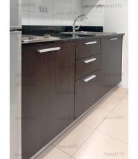 ชุดครัว Built-in ตู้ล่าง โครงซีเมนต์บอร์ด หน้าบาน Melamine สี Choc Wenge