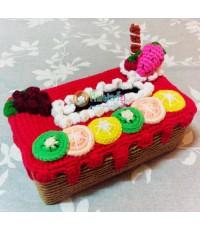 กล่องใส่ทิชชูถักไหมพรม รูปขนมเค้ก (อันนี้พร้อมส่งค่ะ)