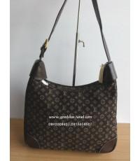 กระเป๋า Louis Vuitton สีน้ำตาล สายสะพายยาว