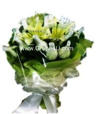 ช่อดอกกุหลาบขาว+ดอกลินลี่ B018