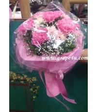 ช่อดอกคาร์เนชั่นสีชมพู B032