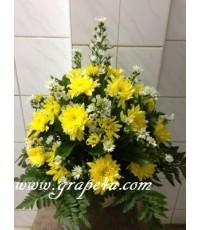 แจกันดอกไม้โทนเหลือง  V018