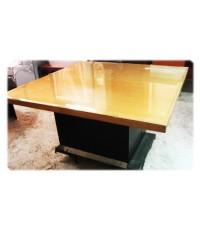 โต๊ะประชุม สี่เหลี่ยมจตุรัส