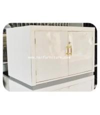 ตู้เก็บของ 2 บาน สีขาว
