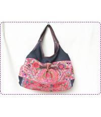 กระเป๋าผ้าใยกัญชา แต่งด้วยผ้าปักชาวเขา  แบบสวยเก๋ A 014