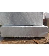 หินอ่อน WHITE CARRARA  ขนาด กว้าง 195 x ยาว 285 x สูง 65 cm