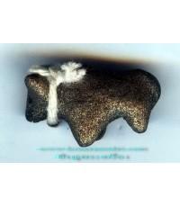 วัวธนูเนื้อดินผสมผงอาถรรพณ์ ยุคแรก หลวงปู่ครูบาแก้วปั้นมือ หายาก
