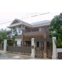 บ้านเดี่ยว 2 ชั้น หมู่บ้านจันทร์บัวสวย ถ.สุวินทวงศ์ เนื้อที่ 67 ตร.วา สภาพพร้อมอยู่