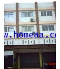 อาคารพาณิชย์ 3.5 ชั้น  หมู่บ้านนวลตอง ซ.ทรัพย์ไพลิน เนื้อที่ 16 ตร.วา คลองหลวง พร้อมอยู่