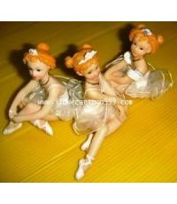 ตุ๊กตานางฟ้า 3 คน ทำจากเรซิ่น (สินค้าใหม่นำเข้าจากญี่ปุ่น) ขนาดประมาณ 5 นิ้ว (ขายทั้งชุด)