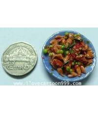 ของจิ๋ว อาหารจานเดียว ผัดเผ็ดปลาหมึก (SIZE เทียบกับเหรียญ)