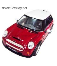 รถเหล็ก โมเดลรถ Mini Cooper มินิคูเปอร์ สีแดงเลือดนกขนาด  12 x 5.5  ซม. Scale 1 : 28