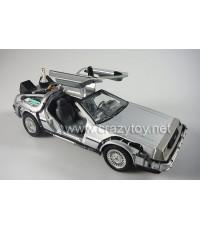 รถเหล็ก จากภาพยนตร์เรื่อง Back to the Future