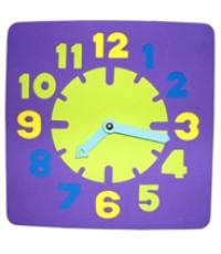 นาฬิกาสี่เหลี่ยม