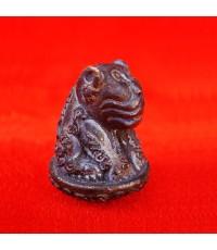 เสือหัวโต หลวงปู่วาส วัดสะพานสูง นนทบุรี เนื้อสัมฤทธิ์ผิวไฟ ใต้ฐานอุดผง สวยเข้มขลัง หายากแล้ว