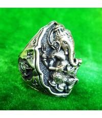 แหวนพระพิฆเนศ พิมพ์ใหญ่ เนื้ออัลปาก้า รุ่นมั่งมีศรีสุข หลวงปู่หงษ์ วัดเพชรบุรี ปี 2548 สวยมาก