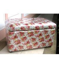 เก้าอี้สตูลบุผ้าคอตตอนลายดอกไม้หวาน เป็นทรงกล่องเปิดเก็บของได้ ขนาดที่นั่ง 70 ซม.SB7004