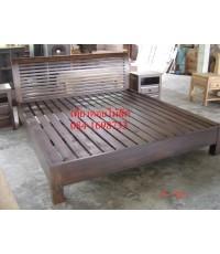 เตียงไม้สักP07