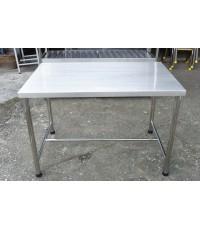 โต๊ะเตรียมสแตนเลส 70*110 ซฒ.