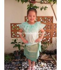 ชุดไทยเด็กผู้หญิงแบบ ร.7 (คลิกดูรายละเอียด)