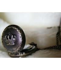 สร้อยคอนาฬิกาพกโบราณฝาทึบลายมงกุฎ สีสนิมไซส์เล็ก