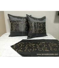 หมอนอิงผ้าไหม ผ้าคาดเตียงลายขดสีดำ