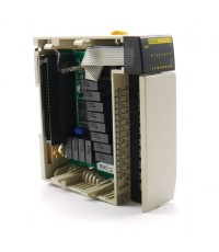OMRON CQM1-OC222 ราคา 3000 บาท