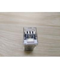 OMRON G2A-432A 24VDC  ราคา 500 บาท