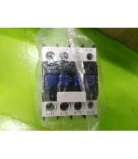 CHNT CJX2-1801 32A 690V ราคา 400 บาท