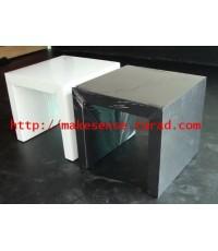 โต๊ะกลาง U คว่ำ หุ้มหนังสีขาว/ สีดำ ขนาด 60 x 60 x 55 ซม.