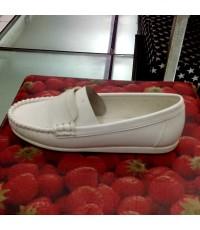 รองเท้าพยาบาล คัทชูสีขาว