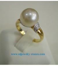 แหวนไข่มุกเซาท์ซีสีเหลืองอ่อน 8-9 มิล เพชรแท้ 0.06 กะรัต