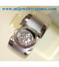 แหวนทองคำขาวฝังเพชร 0.80 กะรัต