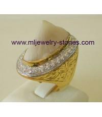 แหวนหางกระเบนท้องน้ำตัวเรือนทองล้อมเพชร