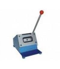 เครื่องทำบัตรพลาสติก เครื่องตัดบัตร พีวีซี PVC Card Cutter size พิเศษ2.9x5.4cm ติดต่อ 0813745428