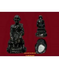 พระรูปหล่อหลวงปู่ดู่นั่งจับเข่า หลวงตาม้า วัดพุทธพรหมปัญโญ (5)