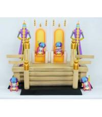 Ofubito Zenoh\'s on the throne