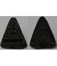 พระหลวงพ่อวัดไร่ขิงสามเหลี่ยมเนื้อเฆมพัฒน์3