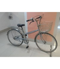 จักรยานแม่บ้าน ญี่ปุ่น เฟรมสีสแตนเลส  ตะกร้าสแตนเลส เกียร์ดุม 3 สปีด