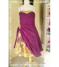 no.128 ชุดราตรีสั้น ตัดเย็บด้วยผ้าชีฟองสีม่วง และผ้าลูกไม้สีทองหรูหรา