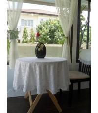ผ้าปูโต๊ะกลมผ้ามัสลีนปักฉลุ