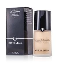 Pre-order : GIORGIO ARMANI Luminous Silk Foundation 30ml. ~ no.2