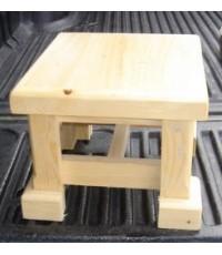 เก้าอี้ไม้ (ม้านั่งเล็ก)