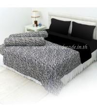 ผ้านวมคลุมเตียงทูโทน ผ้าซาตินแท้ ขนาด 90 นิ้ว x 100 นิ้ว ลายทางม้าลายขาว-ดำ (330) และสีดำ (440)