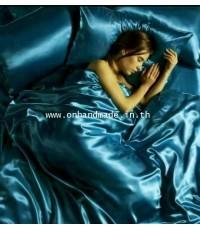 ผ้านวมคลุมเตียงไมโคร ผ้าซาตินแท้ 440 เส้น ขนาด 6 ฟุตพิเศษ(ขนาด 90 นิ้ว x 100 นิ้ว)สีฟ้าอมเขียวเข้ม