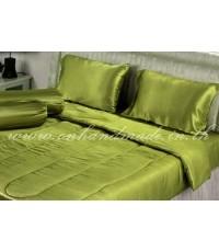 ผ้านวมคลุมเตียงไมโคร ผ้าซาตินแท้ 440 เส้น ขนาด 6 ฟุตพิเศษ (ขนาด 90 นิ้ว x 100 นิ้ว) สีเขียวตองอ่อน