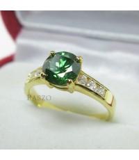 แหวนมรกต เม็ดกลม ประดับเพชรน้ำงามด้านข้าง แหวนทองไมครอน (REm148)