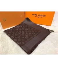 ผ้าพันคอ Louis Vuitton Monogram Shine Shawl Mirror Image 1:1 สีน้ำตาลเข้ม